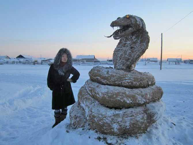 russian statue chinese zodiac year of the rooster manure