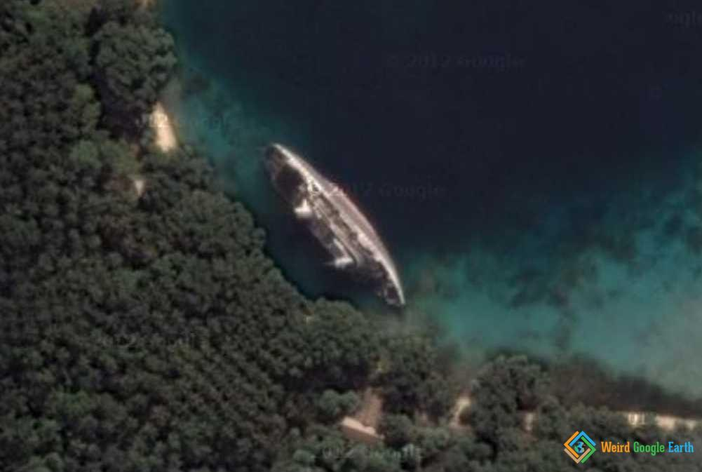 World Discoverer Shipwreck – Weird Google Earth