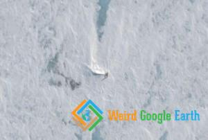 Lockheed C-121J Super Constellation Crash Site, Ice Runway Rd, Antarctica