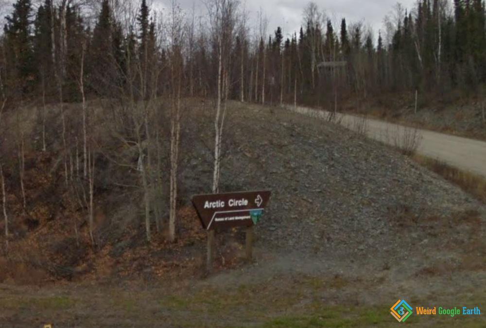 Arctic Circle Sign, Alaska, USA