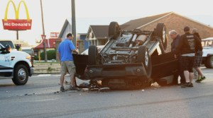 Centre Single-Vehicle Rollover - Wednesday Morning - 05-08-2013 001