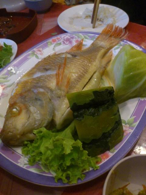 ปลาทับทิมนึ่งแจ่วแจ่วฮ้อนสามลูก