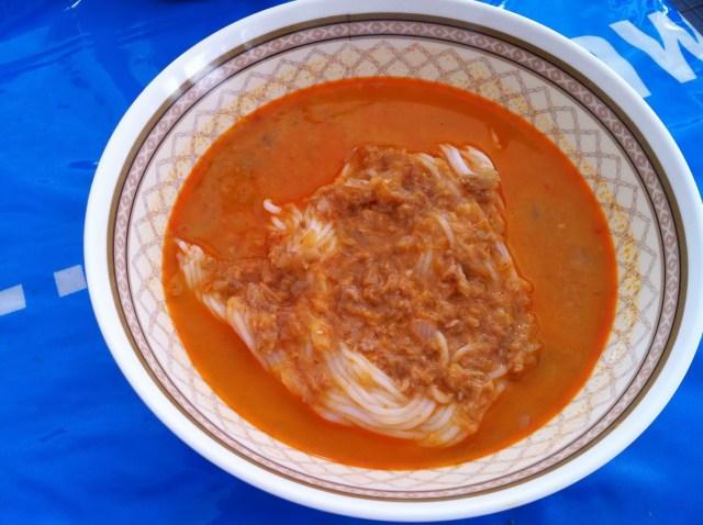 ขนมจีนน้ำยากะทิปลา