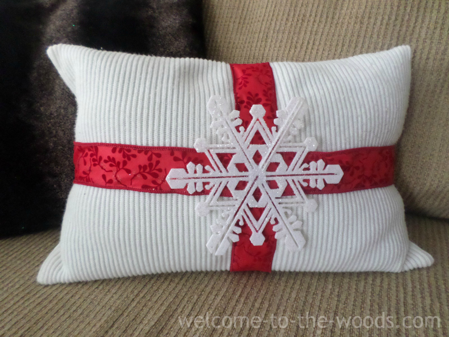 Christmas DIY Pillow  welcome to the woods
