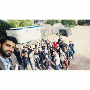 Studierende der InitiativWE HELP holen Geflüchtete an der GU Nordstraße ab - Oktober 2015