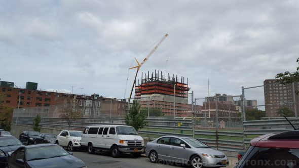 655 Morris Avenue will rise to 15 stories with 176 residential units.