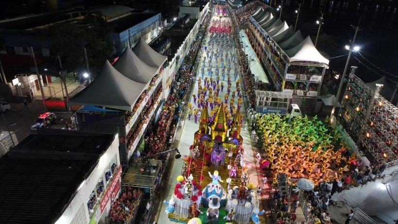 preparativos-para-carnaval-de-vitoria