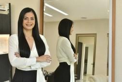 extensao-fio-a-fio-tecnica-para-esconder-os-efeitos-da-alopecia-em-mulheres