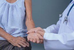 especialidade-de-cuidados-paliativos-esta-presente-em-apenas-10-dos-hospitais-no-brasil