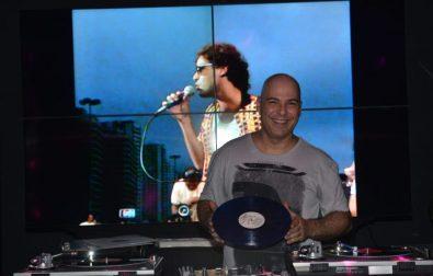 happy-hour-de-marco-no-shopping-jardins-com-rock-samba-mpb-e-festa-do-vinil