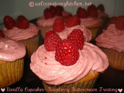 Vanilla Cupcakes & Raspberry Buttercream Frosting