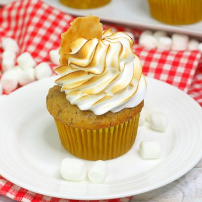 Banana Cupcake with Marshmallow Frosting