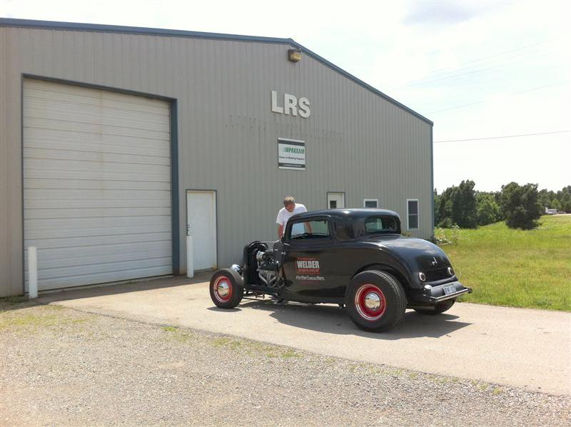 LRS in Mt. Vernon MO. No one there.