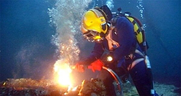 underwater welding school