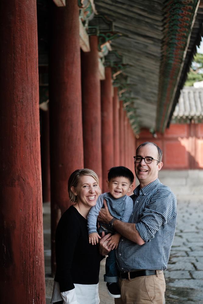 Family Portrait Photographer in Korea - The Porters