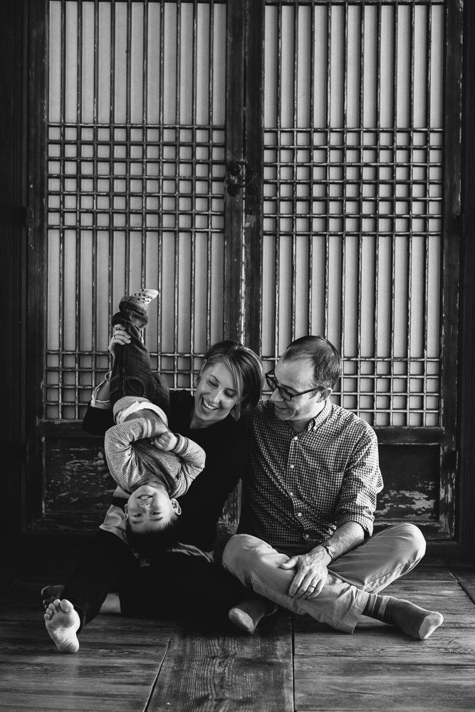 Seoul Family Portrait Photographer - The Porters