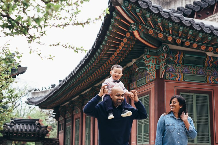 Family Photo Shoot at Seoul Palace