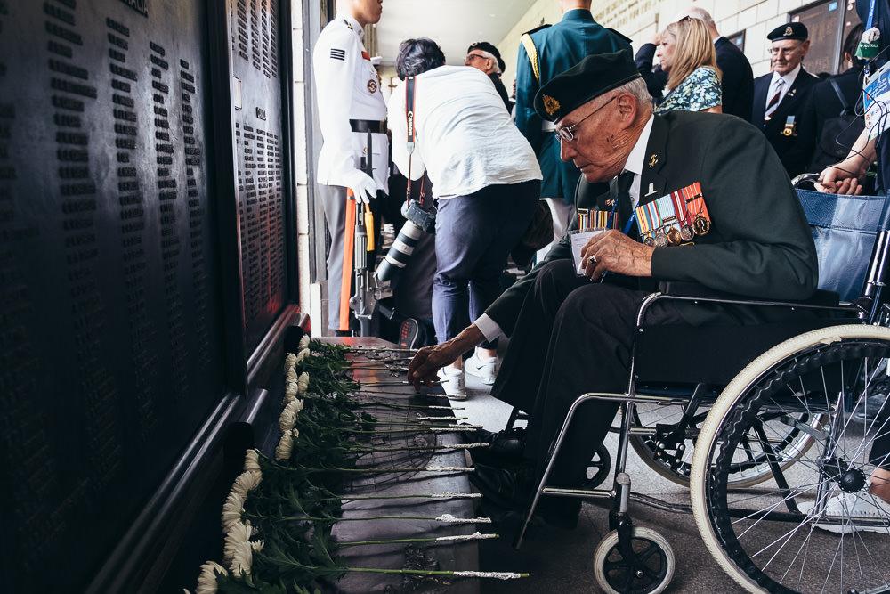 Event Photographer Korea - War Memorial Laying Flowers