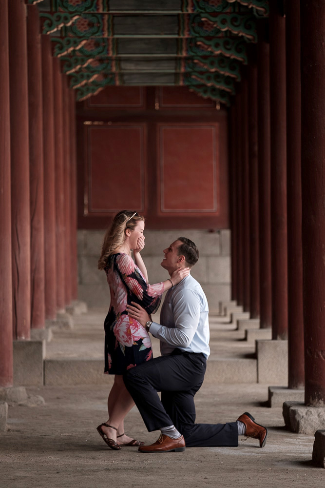 Seoul's Palaces can make a memorable background for your proposal