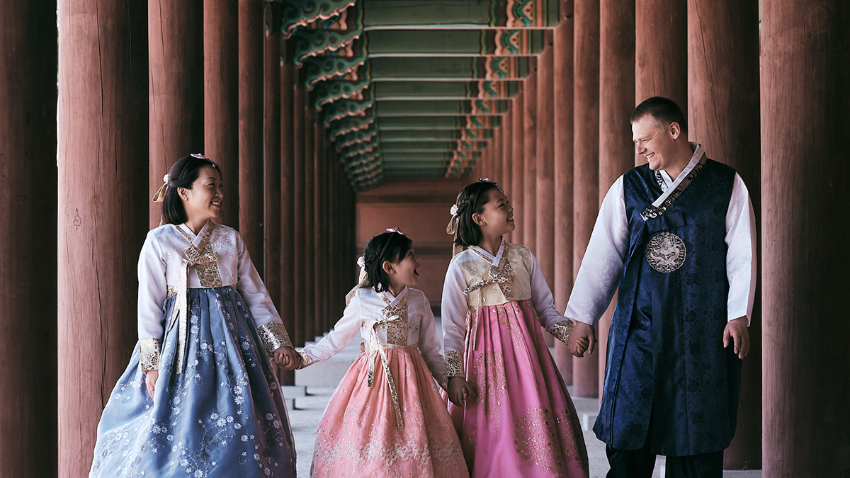 Hanbok Photoshoot with Miles Family in Changdeokgung