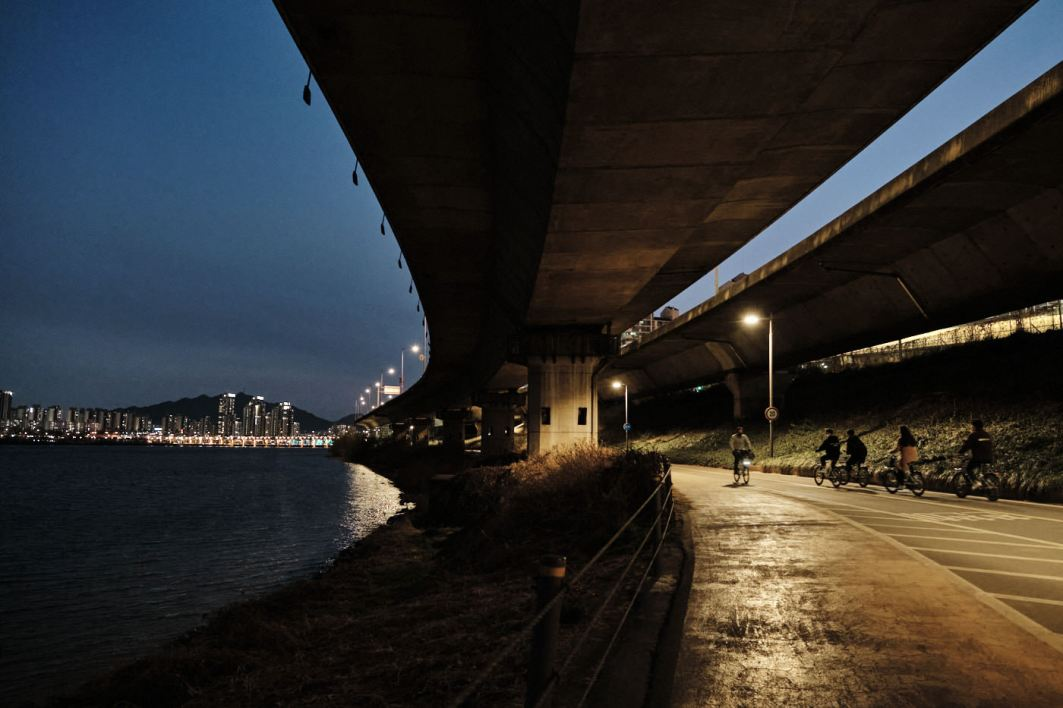 Han River Cycling Path - Night View