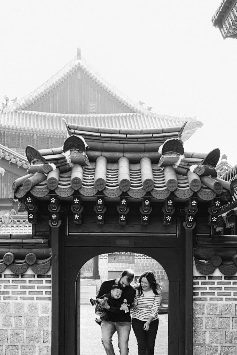 Warming Up - Martin Family Photo Shoot, Seoul