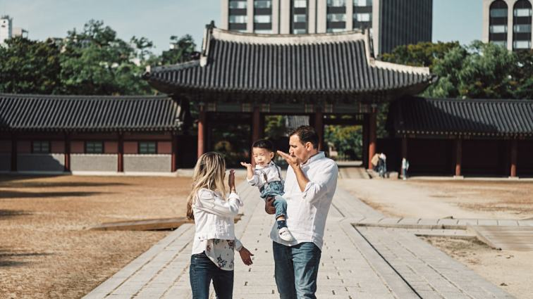 Blowing Kisses - Michas Post-Custody Family Photos