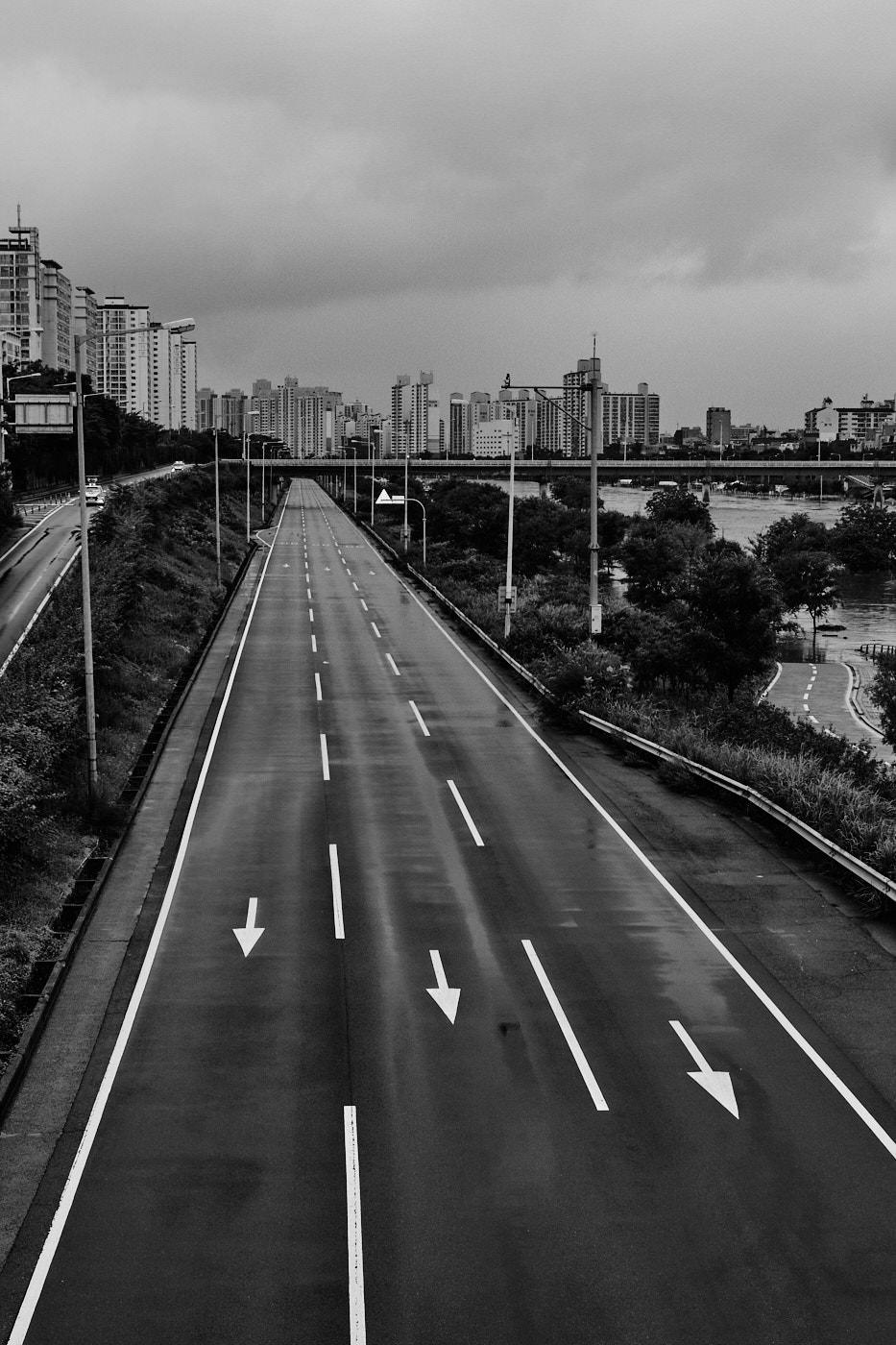 Closed Highway - Seoul Floods 2020