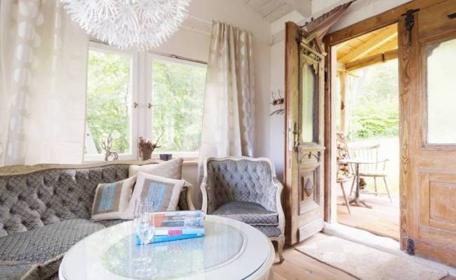5 Tiny Home Rentals From Airbnb That Are Totally