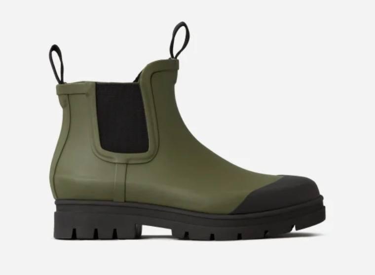 everlane-rain-boots