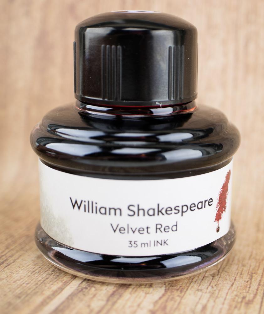 Montblanc Velvet Red bottle
