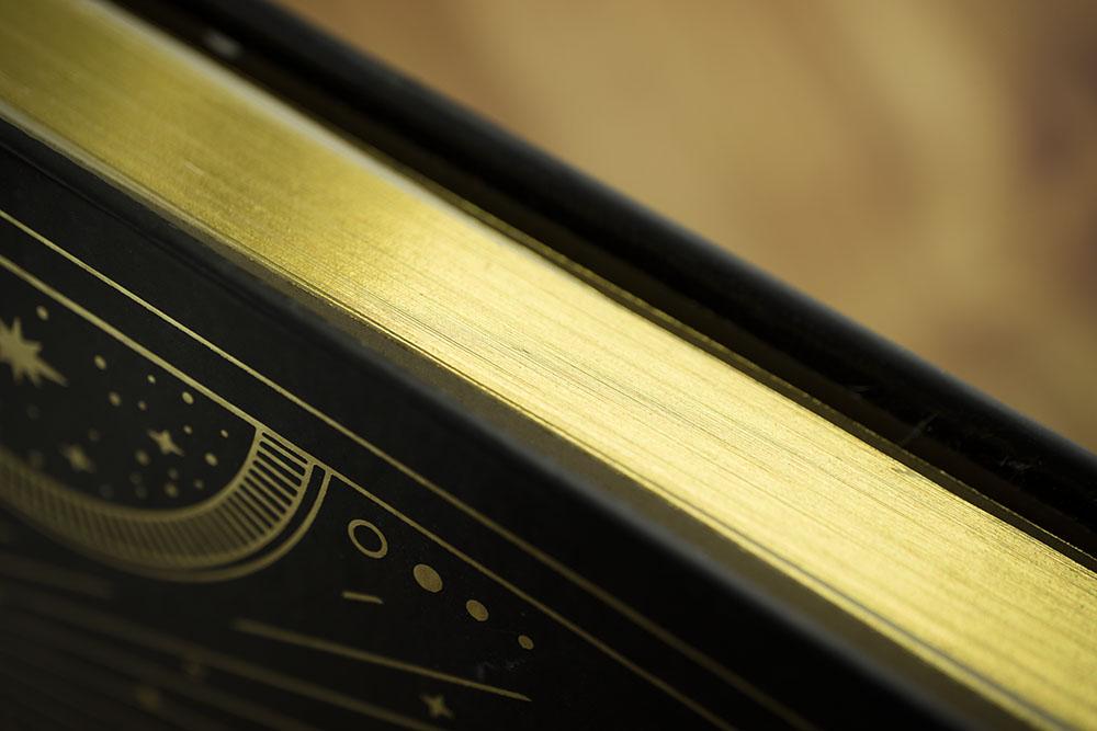 Compoco gold foil edging