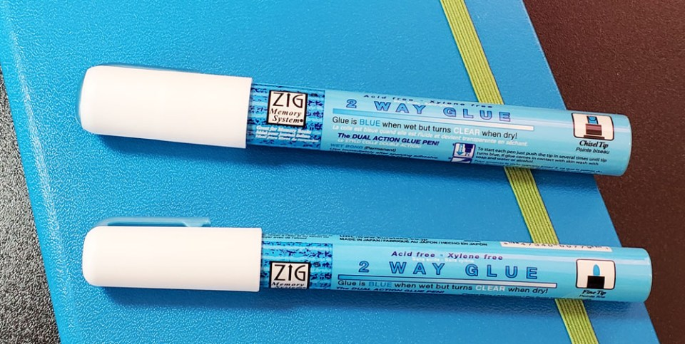 Review: Kuretake Zig 2 Way Glue Pens
