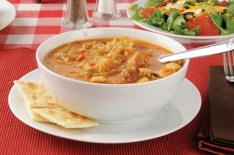 chicken gumbo with crackers