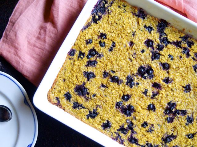 Blueberry bun porridge (gluten and dairy free)