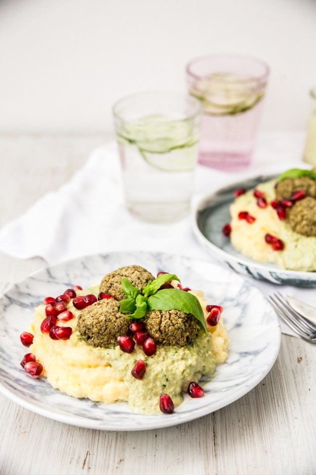 lovely-lentil-balls-with-herb-sauce-and-parsnip-puree-2