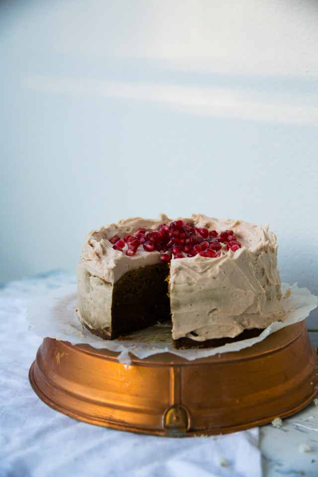 Lovely Christmas date cake with lucuma frosting (gf, dairy free, vegan)
