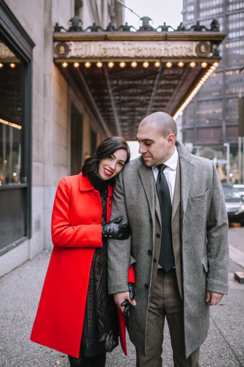 couple christmas card photo | artifact uprising holiday cards | Where to Order the Best Holiday Cards + 15% Off Your Purchase featured by top Pittsburgh life and style blog Wellesley & King