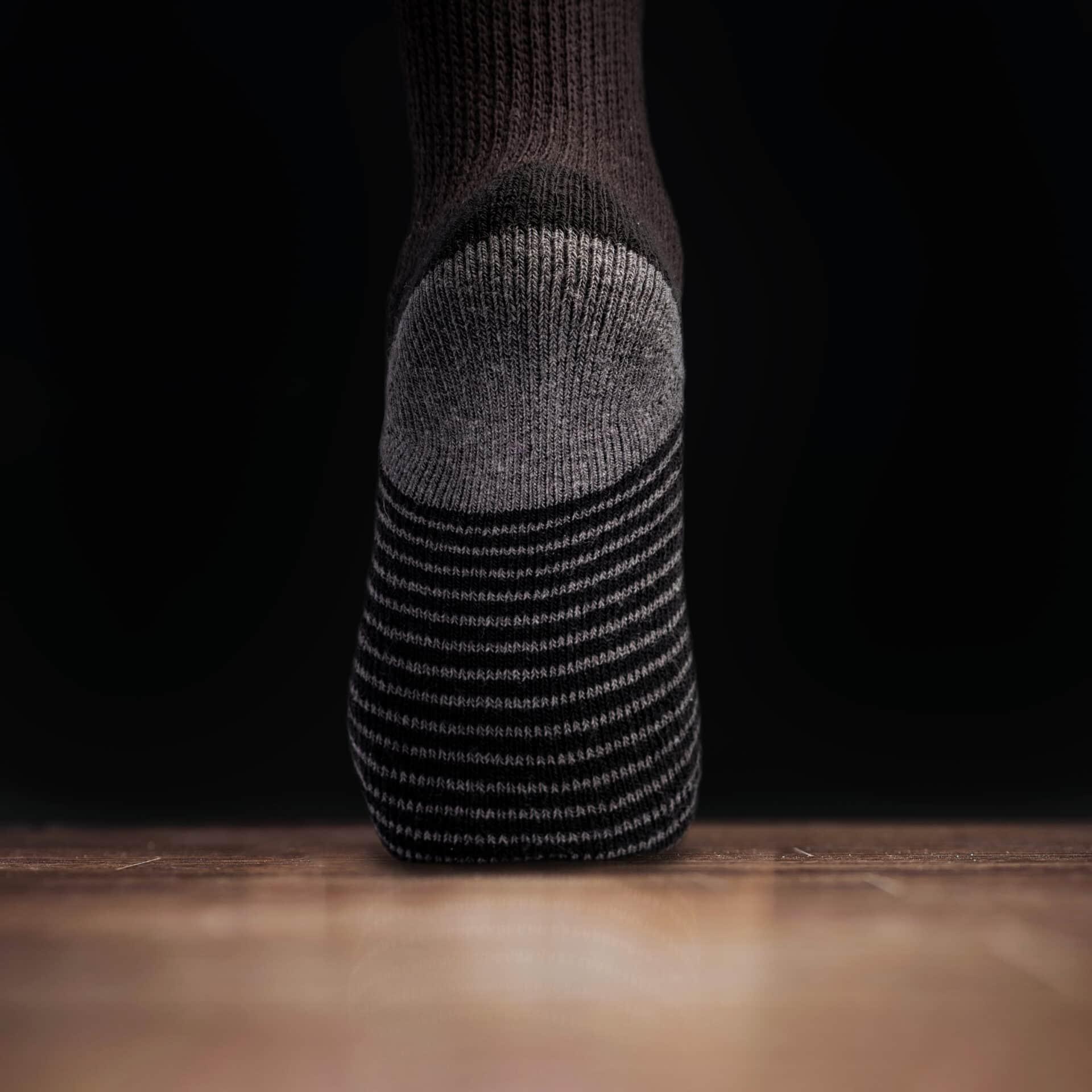 Well Heeled Diabetic Sock Black Backgourn