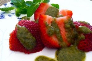 Healthy Recipe – Tomato, Basil & Mint Vinaigrette