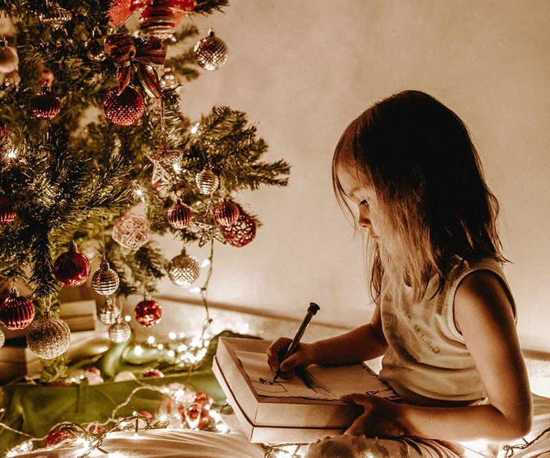 Giving Back this holiday season with your Montessori Preschooler