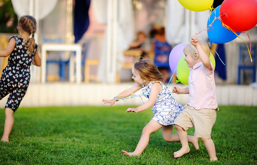 Top 4 Exciting Circle Games Your Kids Will Love - private kindergartners - Montessori West
