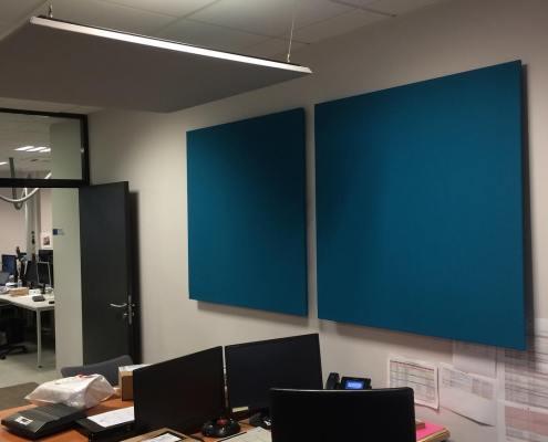 Panneaux acoustiques bleus et gris