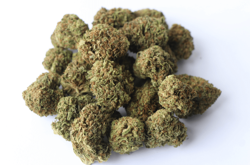 Read more about the article Indoor Hemp Flower