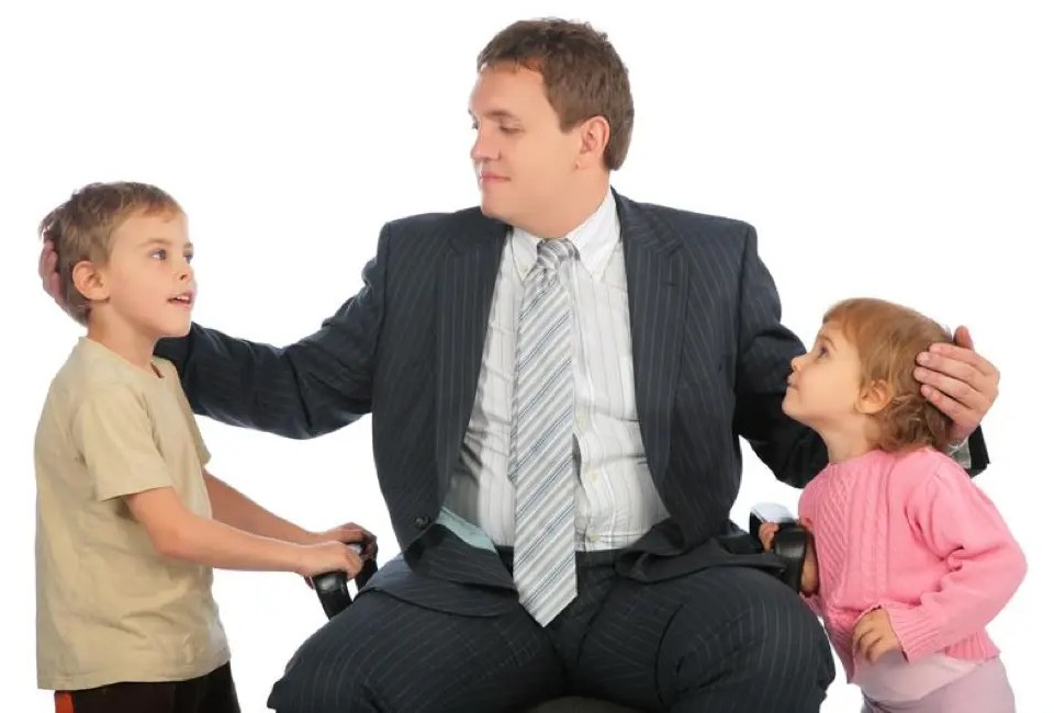 3 Ways Employers Can Support Employees with Children 8 Father and Children