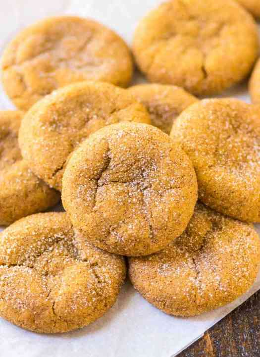 Pumpkin Snickerdoodles. Soft, chewy and buttery, with lots of cinnamon and sugar. The perfect pumpkin cookie for fall! @wellplated