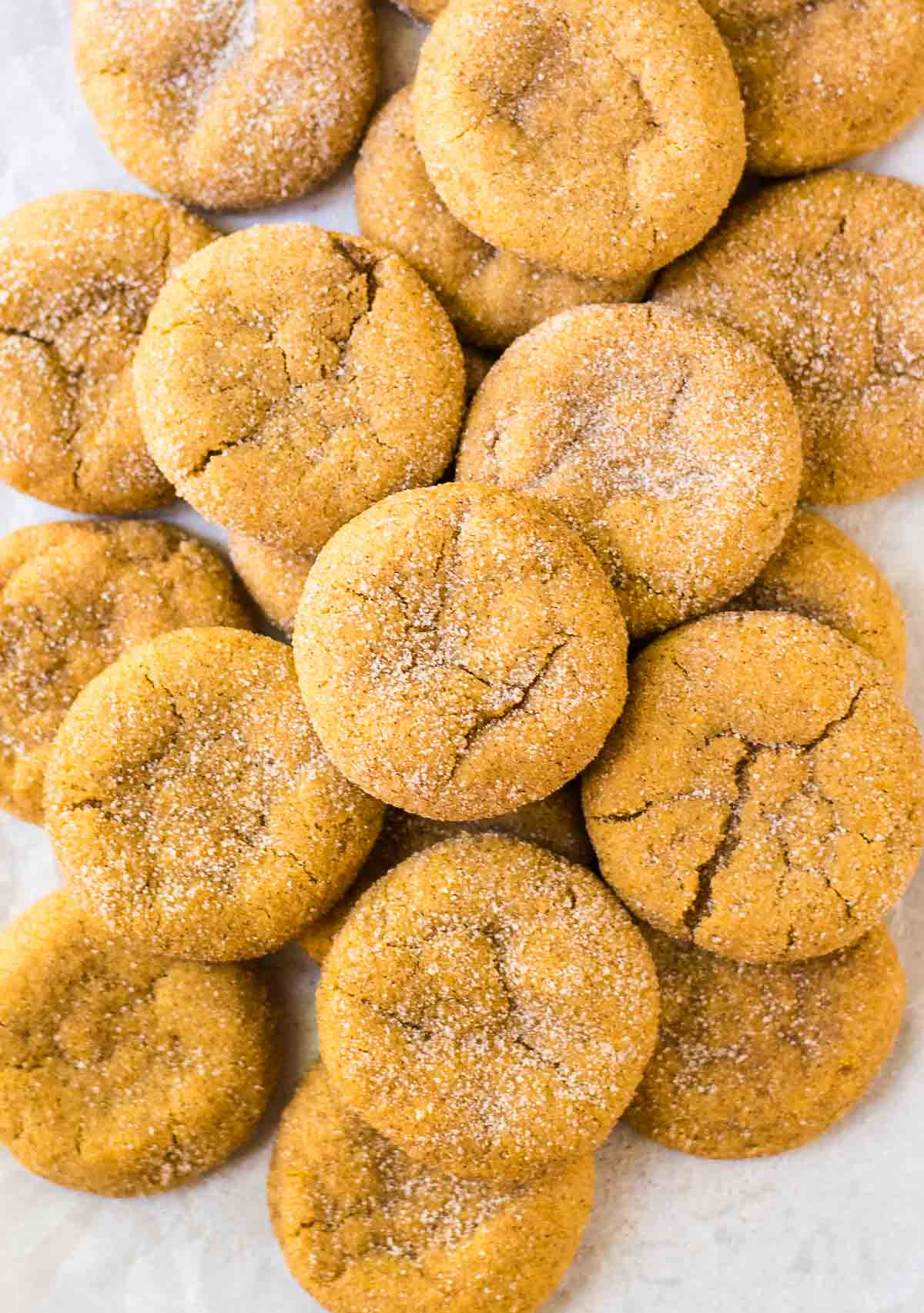 Soft and chewy Pumpkin Snickerdoodles. The BEST cookie for fall! @wellplated