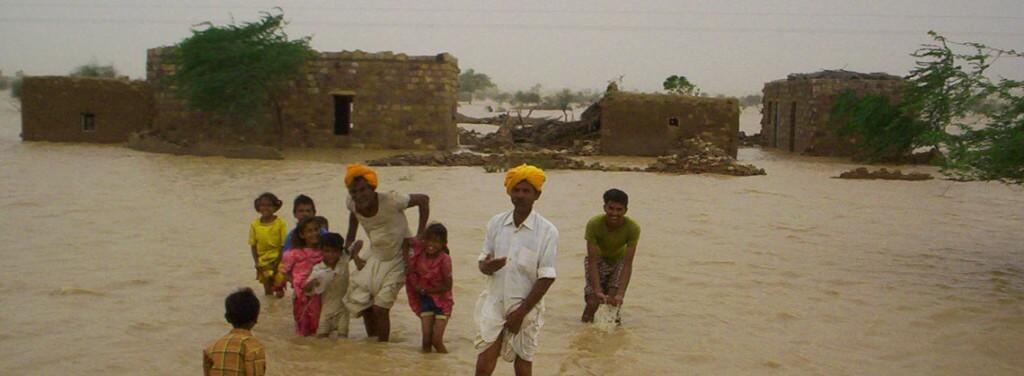 Jaisalmer_flood_2006_1140