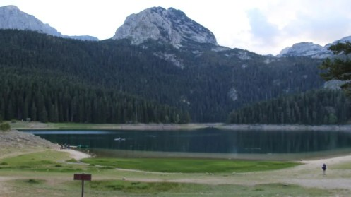 The closest hikes to town leave from Black Lake