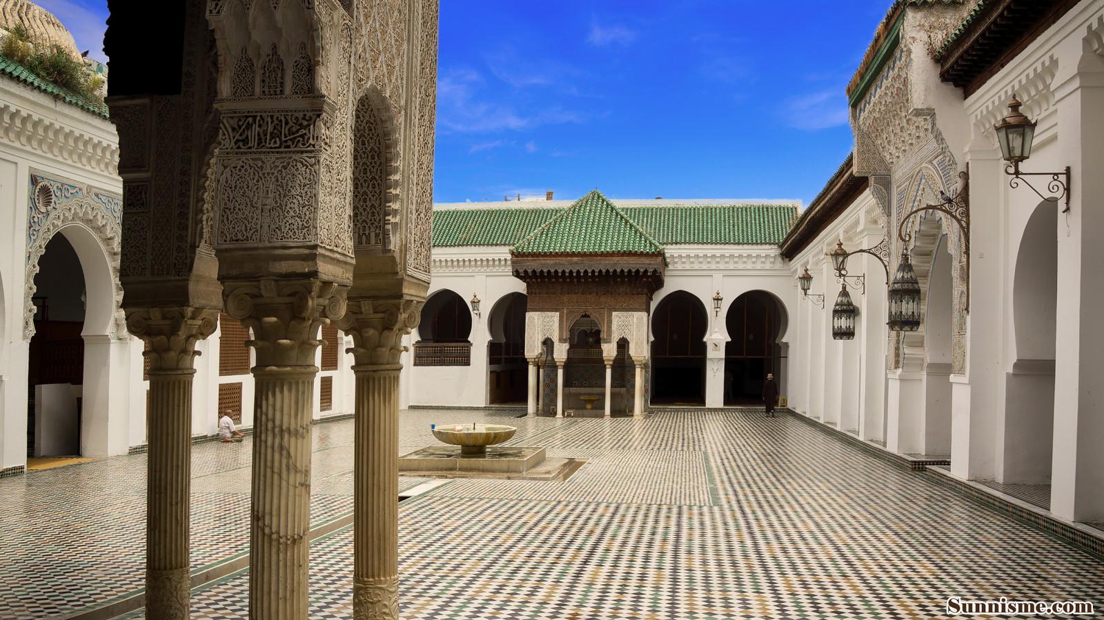En images les plus belles mosques du Maroc  Welovebuzz